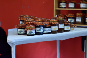 christmas-fair-jams